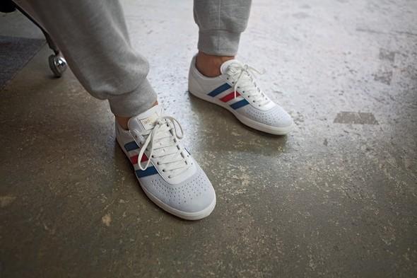 Лукбуки: Adidas Originals SS 2012. Изображение № 25.