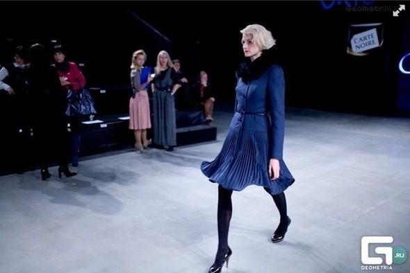 Пальто как платье. Интервью с дизайнером Екатериной Смолиной. Изображение № 2.