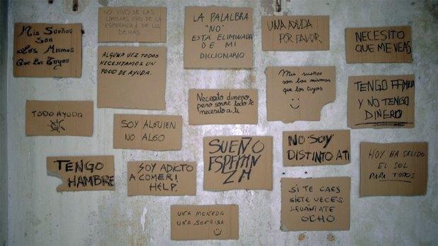 Испанские бездомные заработают на своих шрифтах. Изображение № 1.