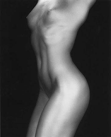 Части тела: Обнаженные женщины на фотографиях 70х-80х годов. Изображение № 22.