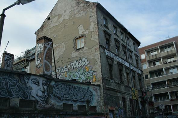 Изображение 12. Берлин: музыкальные фестивали, граффити, места.. Изображение № 15.