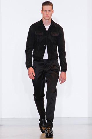 Неделя мужской моды в Милане: День 2. Изображение № 18.