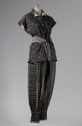 Комплект из шерсти и хлопка, Issey Miyake, 1983, The Metropolitan Museum of Art. Изображение № 5.