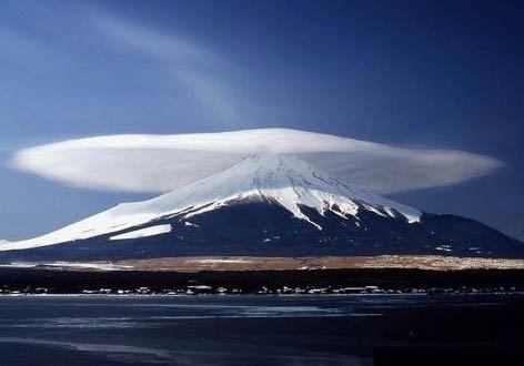 Переменная облачность. Изображение № 12.