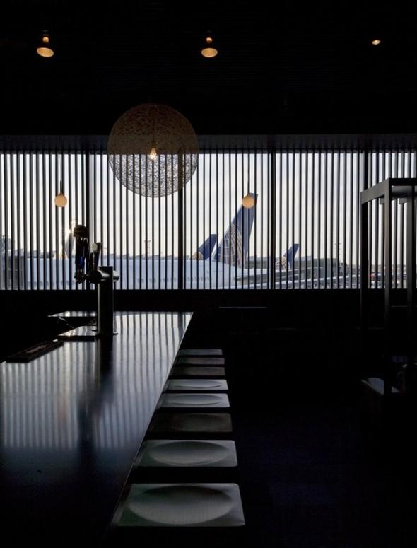 Под стойку: 15 лучших интерьеров баров в 2011 году. Изображение № 92.