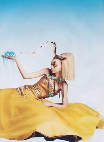 Архивная съёмка: Джемма Уорд для Harper's Bazaar, 2004. Изображение № 4.