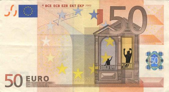 Художник в знак протеста изрисовал банкноты на 3555 евро. Изображение № 2.