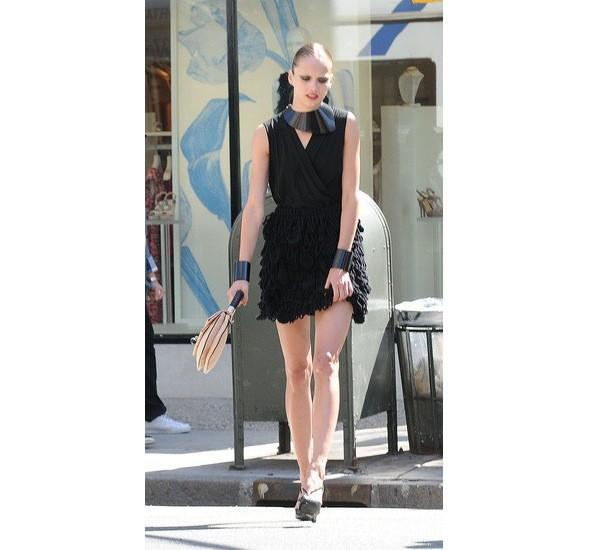 Chanel и Emporio Armani устроили публичные съемки. Изображение № 16.