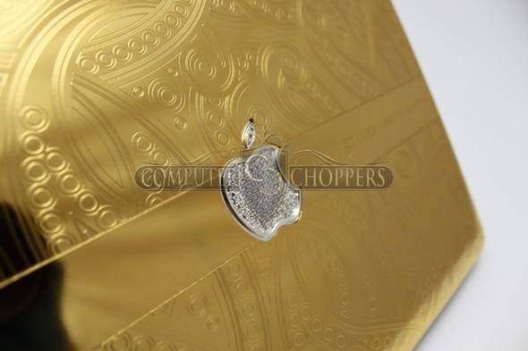 Макбук из золота от Computer Choppers. Изображение № 4.