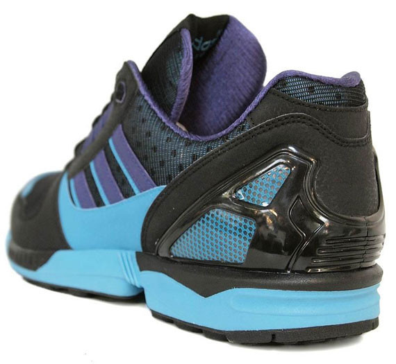 Adidas Originals ZX 8000 – Black – Super Cyan. Изображение № 5.