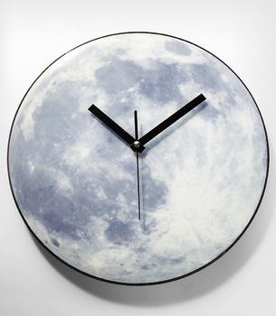 Необычные дизайнерские настенные часы. Изображение № 5.