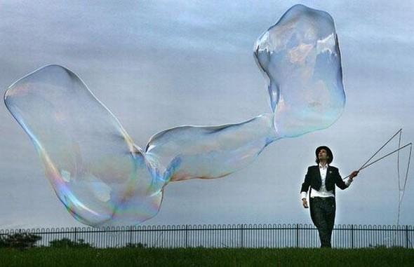 Самый большой вмире мыльный пузырь. Изображение № 9.