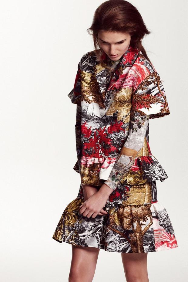 A.P.C., Chanel, MM6, Mother of Pearl, Paule Ka и Yang Li выпустили новые лукбуки. Изображение № 57.