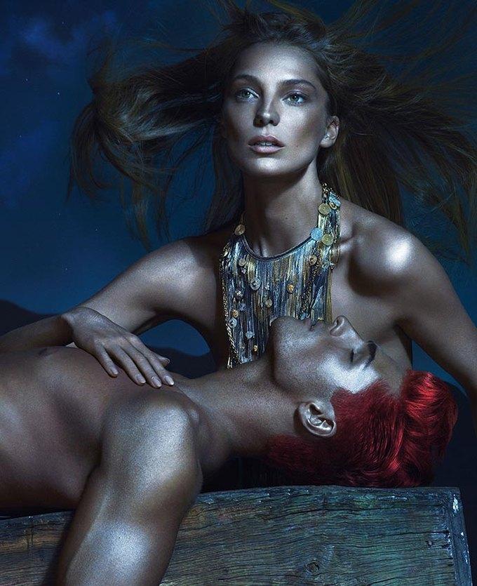 Вышли превью кампаний Versace, Dolce & Gabbana и других марок. Изображение № 13.