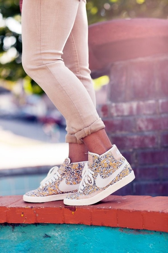 Nike X Liberty Summer Collection/  Blazer Mid iD.. Изображение № 7.