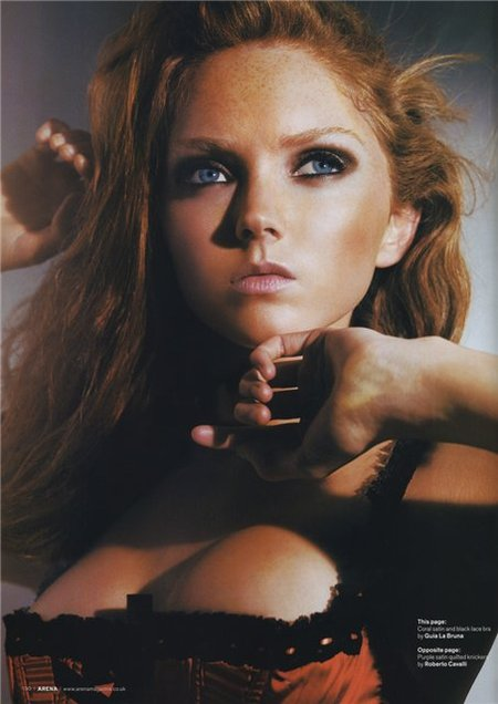 Lily Cole – top model doll. Изображение № 11.