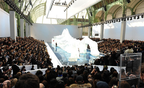 Ледяное шоу от Chanel. Изображение № 5.