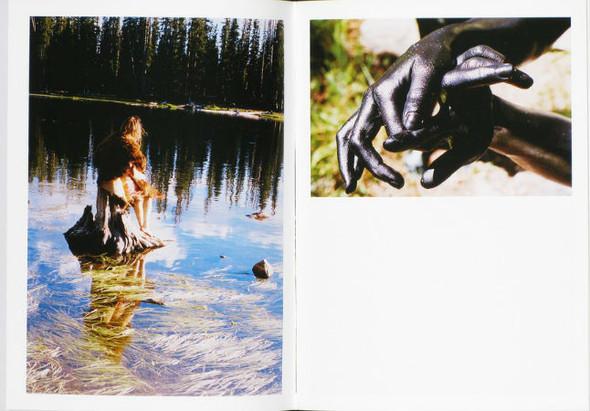 В дороге: 9 фотоальбомов о путешествиях. Изображение № 21.