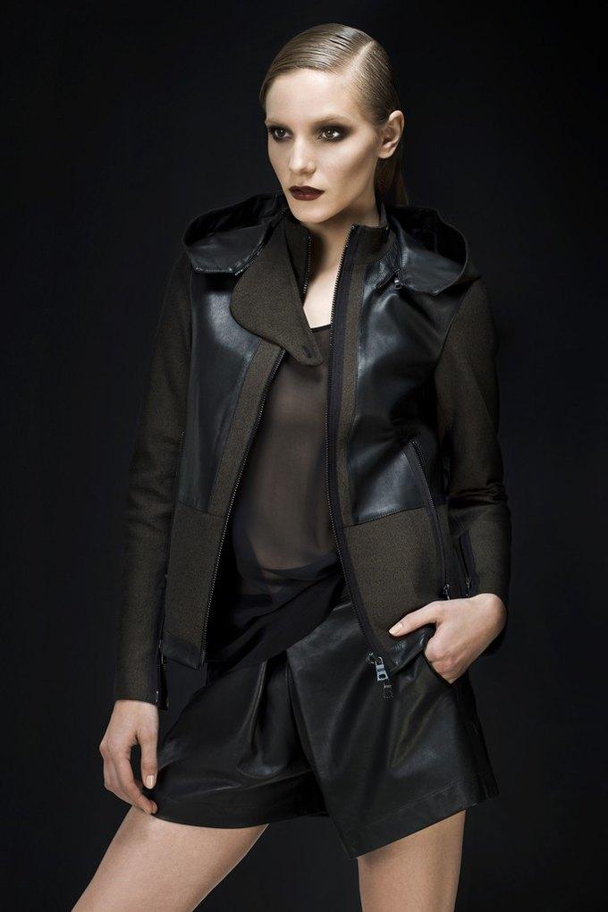 Versace, Louis Vuitton и Robert Rodriguez показали предосенние коллекции. Изображение № 11.