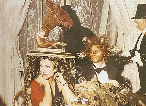 Элен Роша на балу сюрреалистов, 1972 год. Изображение № 1.