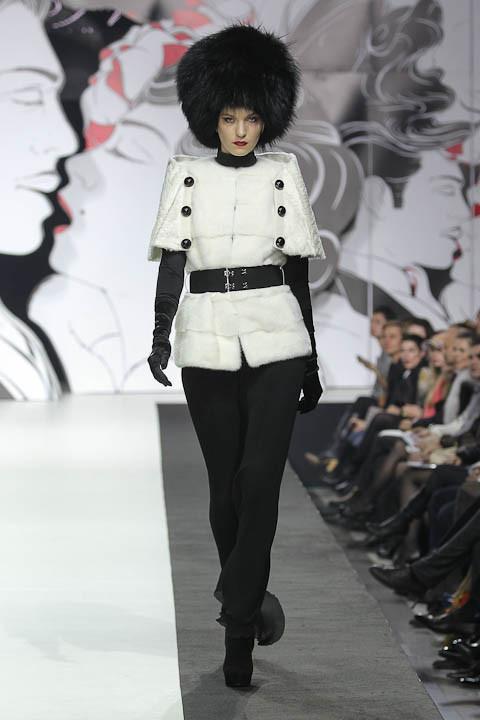 """Коллекция """"La Femme Magnifique"""" Модного Дома Игоря Гуляева. Изображение № 8."""