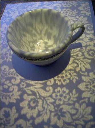 Лошадь-лампа, ходячий стол, шоколадная ваза. Изображение № 15.