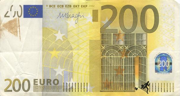 Художник в знак протеста изрисовал банкноты на 3555 евро. Изображение № 16.