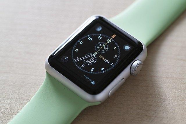 Слух: в Apple Watch 2 появится видеокамера . Изображение № 1.