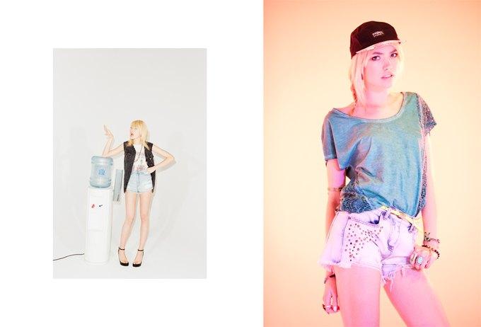 Вышли новые лукбуки J. Crew, Mary Katrantzou и Urban Outfitters. Изображение № 30.