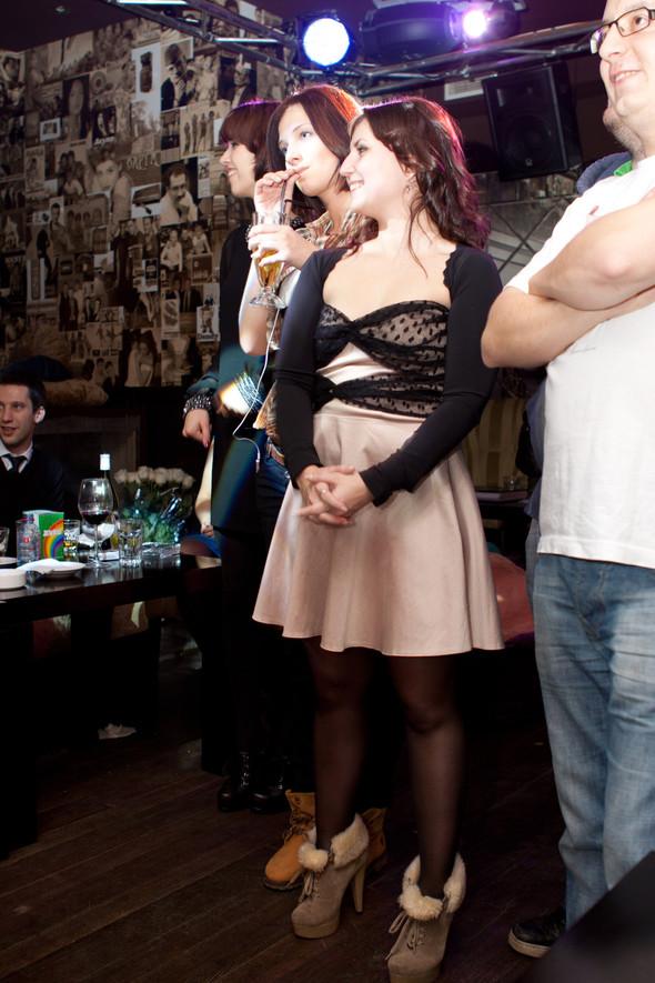 Презентация клипа группы Т9 «На расстоянии любви» в «Руки Вверх bar. Изображение № 17.