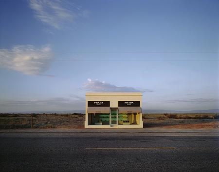 Самый одинокий магазин Prada. Изображение № 1.