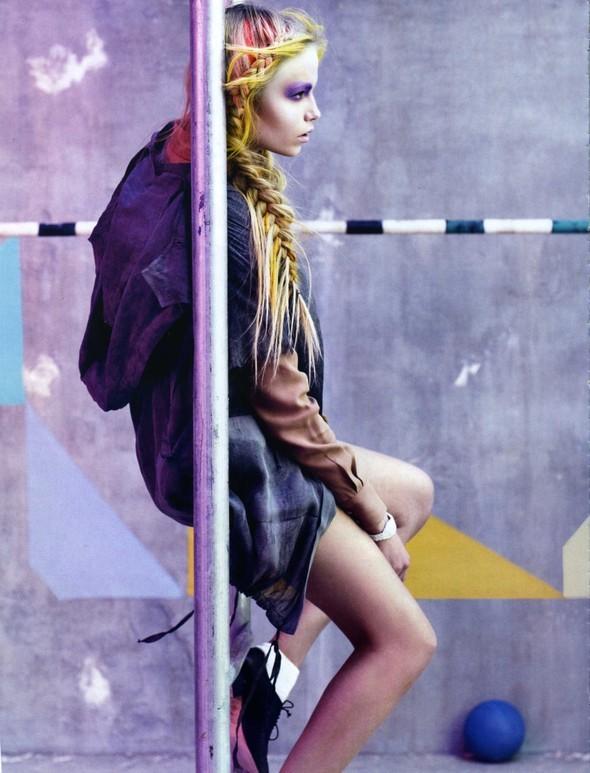 Vogue Italia March 2010 Glam and Sporty. Изображение № 9.