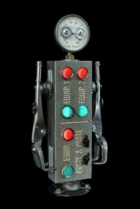 Фото: забавные роботы из промышленного мусора . Изображение № 12.