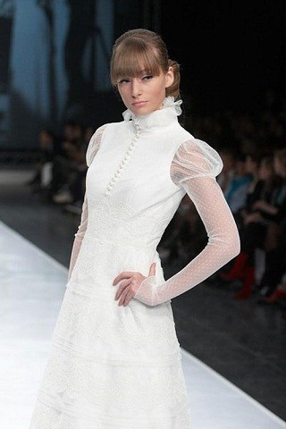 """""""Выбираем свадебное платье!"""" 93 идеи ведущих дизайнеров. Изображение № 56."""