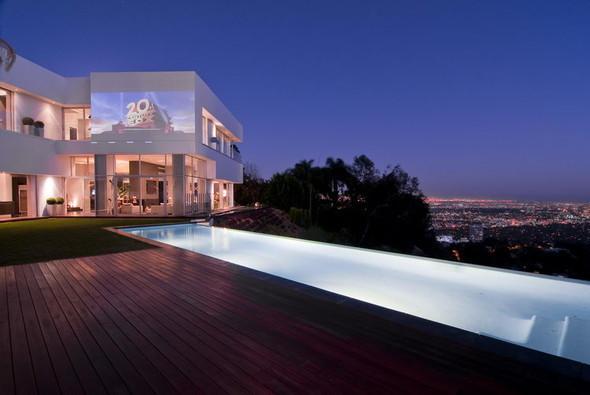 Вилла-мечта надЛос-Анджелесом. Изображение № 3.