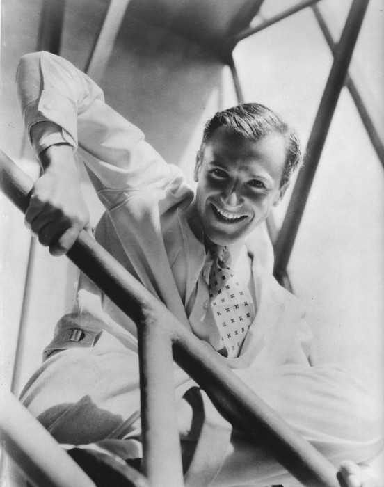 Cecil Beaton. Изображение № 220.