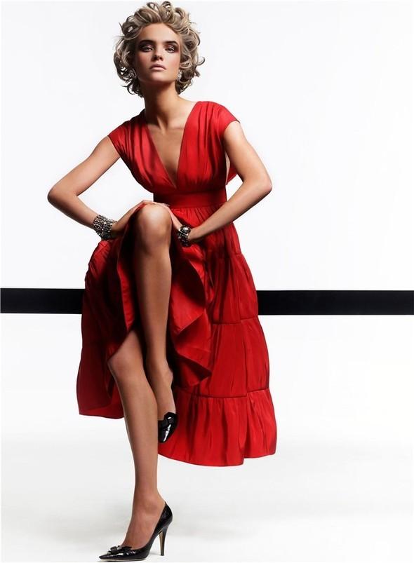 Natalia Vodianova byCraig McDean. Изображение № 9.