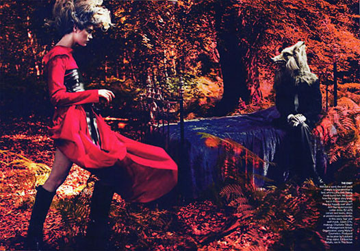 Into the Woods. Natalia Vodyanova. Vogue Sept-09. Изображение № 2.