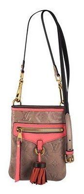 Новая коллекция от Louis Vuitton сумки. Изображение № 5.