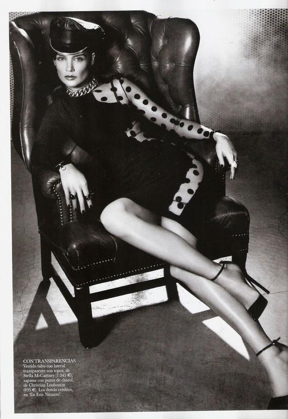 Съёмка: Кэти Холмс для Vogue. Изображение № 3.