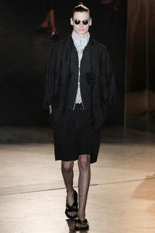 Неделя мужской моды в Париже: День 4. Изображение № 11.