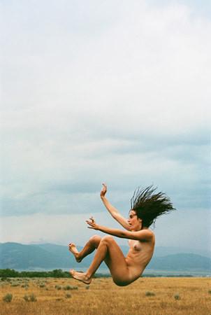 Части тела: Обнаженные женщины на фотографиях 1990-2000-х годов. Изображение №266.