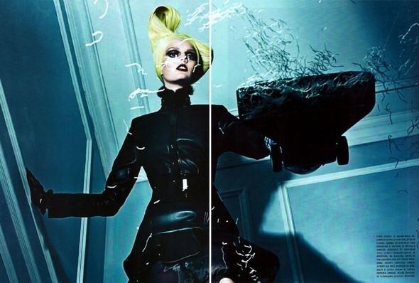 Съёмка: Стивен Кляйн для итальянского Vogue. Изображение № 2.