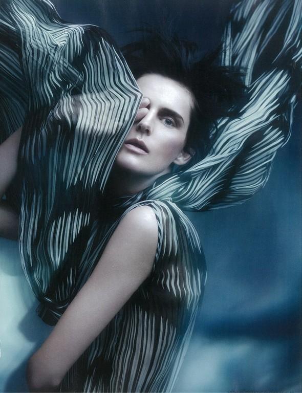 Съёмка: Стелла Теннант для i-D. Изображение № 10.