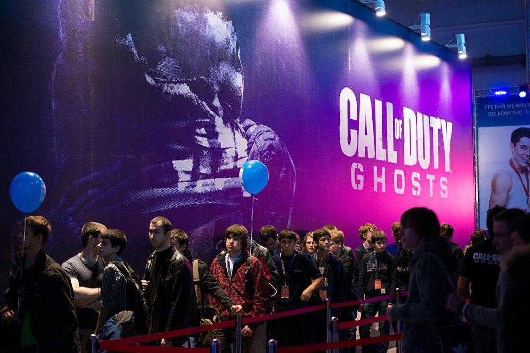 Косплей, киберспортсмены, PS4 и Xbox One на выставке «ИгроМир-2013». Изображение № 10.
