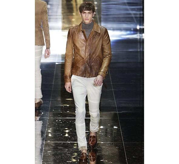 Трансляция показа новой мужской коллекции Gucci. Изображение № 4.