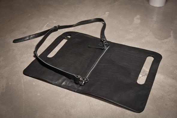 Лукбук: сумки Love Corporation SS 2012. Изображение № 35.