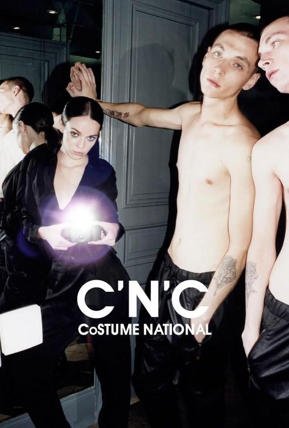 Кампании: Marc Jacobs, Dolce & Gabbana и другие. Изображение № 17.