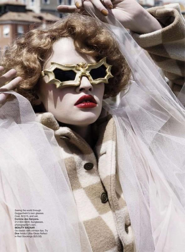 Lara Stone: Harper's Bazaar, September 2009. Изображение № 8.