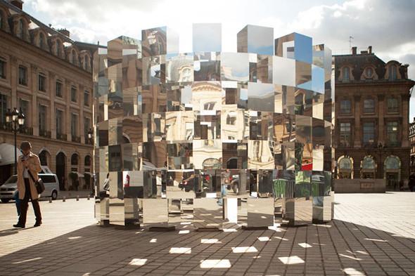 Дизайн-дайджест: Книга мифов о Бэнкси, выставка Ай Вэйвэя и арт-ярмарка FIAC в Париже. Изображение № 70.